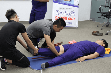 learning first aid correctly will help you save people